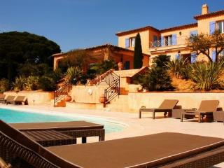 Ramatuelle 5 Bedroom Holiday Home with a Pool, Saint Tropez