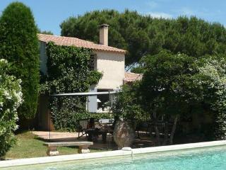 Saint Tropez 3 Bedroom Vacation Home with a Pool, Ramatuelle
