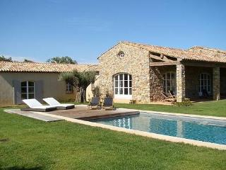 Excellent 5 Bedroom House with a Pool and Garden, Ramatuelle