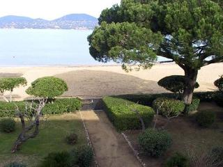 Wonderful 2 Bedroom Saint Tropez House with a Garden, St-Tropez