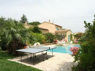 Wonderful 4 Bedroom Villa in Saint Tropez, with a Pool, St-Tropez