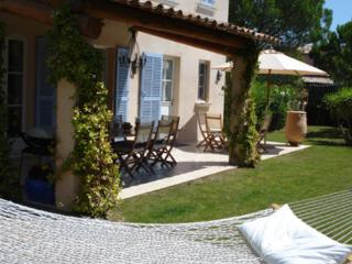 Lovely 4 Bedroom Vacation Home with a Pool, in St Tropez, Saint-Tropez