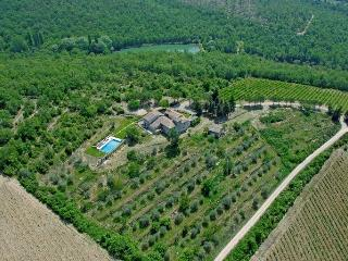 Le Pratola Luxury Villa in Chianti with Heated Pool, top rated reviews.