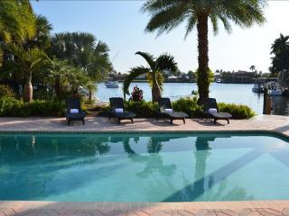 5 STAR WATERFRONT HTD POOL ESTATE STUNNING VIEWS!!, Pompano Beach