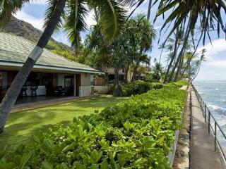 Diamond Head Tiki Estate, Honolulu