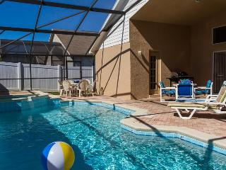 Newly resurfaced pool in 2013--sparkling blue w/patio furniture&sunbathe chairs