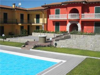 33643-Apartment Lazise