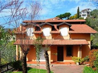 6 bedroom Villa in Imperia, Liguria, Italy : ref 2102238, Poggi