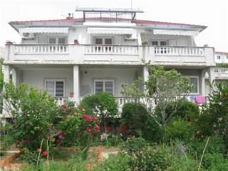 35037-Apartment Rab, Barbat na Rabu