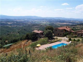 35876-Apartment Lake Trasimeno, Paciano