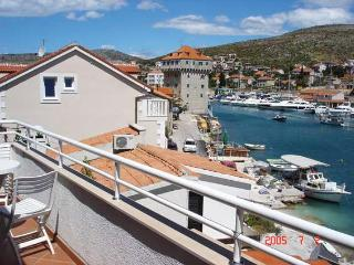 4195-Apartment Trogir, Marina