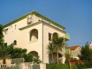 4197-Apartment Trogir, Marina