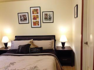 Cozy & Elegant 1 Bedroom Suite in Eastwood City