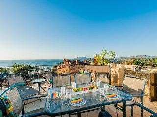 Tamarindo Beachfront Luxurious Penthouse