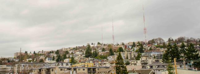 View from the Patio - Stunning Queen Anne Hill