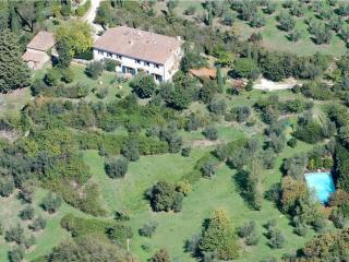 Florence hills newly restored Hayloft with pool, Fiesole