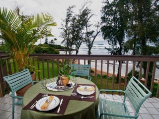 Unbelieveable view . Luxury, oceanfront, Lae nani