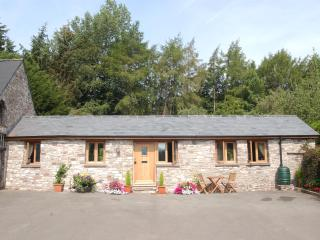 CANTREF COACHHOUSE COTTAGE, Brecon