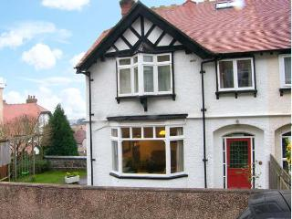 HIGHGATE, family accommodation, open fire, sea view, garden in Llandudno Ref