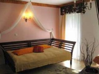Vacation Apartment in Hoppegarten - 377 sqft, quiet, comfortable, central (# 3651)