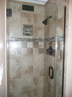 Master Bedroom Tile Shower