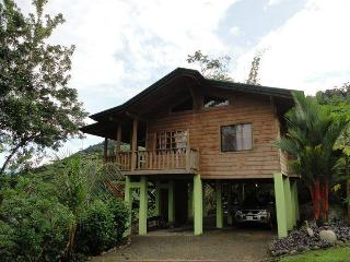 Tree Top Cottage - Private Ocean View Retreat 3 separate cottages to rent, Dominical