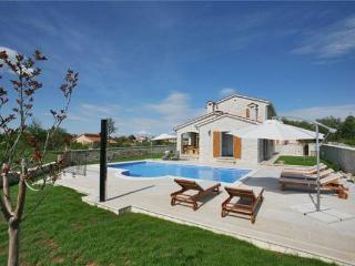 3 bedroom Villa in Jakovici, Istria, Basici, Croatia : ref 2373221, Kringa