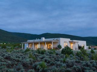 Tranquility and Luxury in Taos, Unique Masterpiece