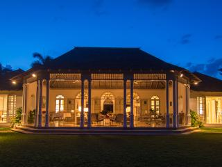 Private Home, Ideal for Couples & Groups, Cook & Butler, Round Hill Resort Membership, Montego Bay