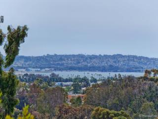 2BR 2BA Mission Bay View! Furnished & close to all, San Diego