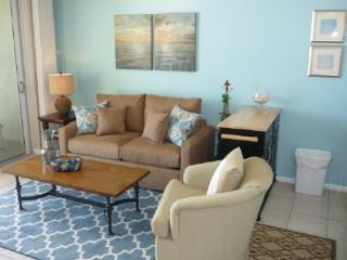 WOW...fabalous Gulf views of the beach and sunset!  Nice updated unit with casual decor, Isla Marco