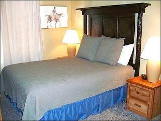 Great Condo for Family Getaways - Open & Comfortable Layout (1254), Crested Butte