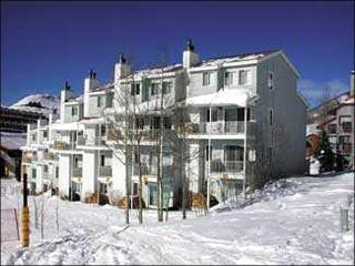 Picture-Perfect Romantic Retreat - Walk to Shops & Restaurants (1274), Crested Butte