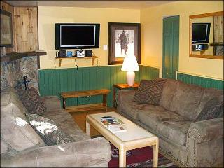 Wonderful Family Vacation Condo - Mountain Views from the Balcony (1337), Crested Butte