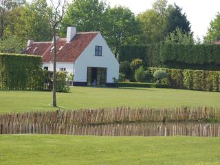 Luxurious holiday cottage Pijpeweg71 near Bruges