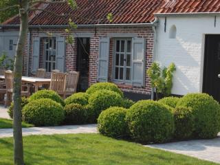 Luxurious holiday cottage Pijpeweg71 near Bruges