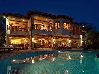 Makana on the Beach - Ideal for Couples and Families, Beautiful Pool and Beach, Discovery Bay