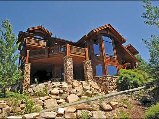 Beautiful Mountain Views - Fine Furnishings & First Rate Appliances (24795), Park City