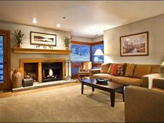Beautiful Vacation Condo - One Block from the Shuttle Stop (24908), Park City