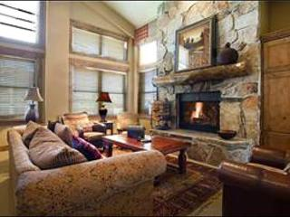 Luxurious Condo in Silver Lake Village - On the Free City Shuttle Route (24961), Park City