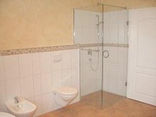 Shower, WC, BD