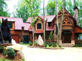 Homestead Lodge 7000sqft Luxury Lodge@ Eagles Nest, Banner Elk