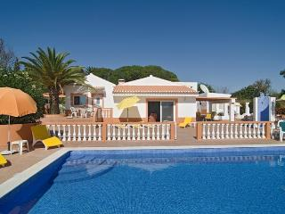 Nice villa in calm zone,w/ Air Cond in all rooms