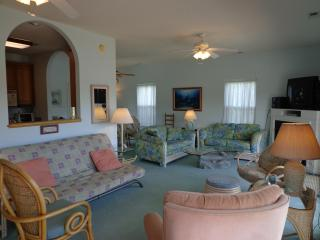 LAKEFRONT  & OCEANVIEW 4 BR-now booking 2016, Myrtle Beach