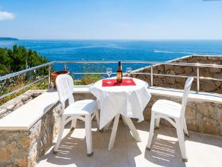 One bedroom condo/magnificent view, Dubrovnik