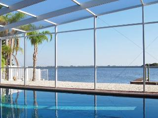Bayview Retreat: Fantastic Bay front Private Pool Home Close to AMI Beaches!