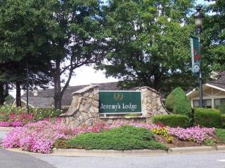 Entrance to Jeremy's Lodge