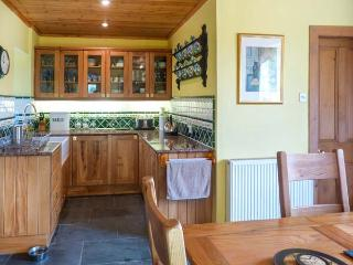 SILVERSTRIPE COTTAGE, detached property, open fire, woodburner, sun room