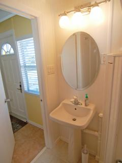 2nd Bathroom also has shower