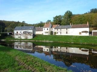 Watershed, Summit of the Nivernais Canal, Burgundy